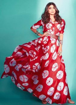 Shilpa Shetty Blood Red Printed Gown